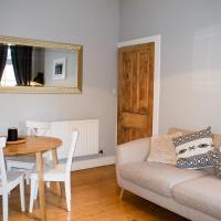 Spacious 3 Bedroom Home with Garden Edinburgh