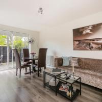 Modern Cozy apartment in Little Venice