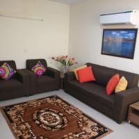 Harbinger Lounge Flat 902