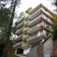 OYO 22016 Home Hill Crest Up Hill 2 BHK Apartment Kasauli