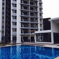 Tamara Lakeside 3 bedroom Apt @Precint 8