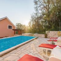 Four-Bedroom Holiday Home in Igalo