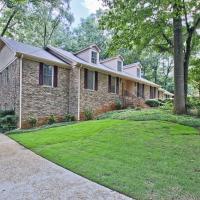Your Cozy Atlanta Getaway Home