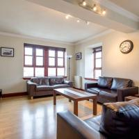 2 Bedroom Home By Leiths Shore