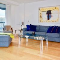 3 Bed room Flat In Grand Canal with River Views