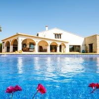 Teulada Villa Sleeps 6 Pool WiFi