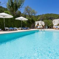 Portinatx Villa Sleeps 7 Pool WiFi