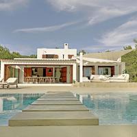 Es Cubells Villa Sleeps 12 Pool Air Con WiFi