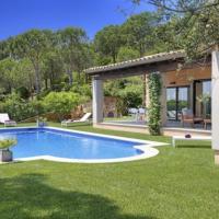 Begur Villa Sleeps 8 Pool Air Con WiFi