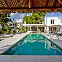Roca Llisa Villa Sleeps 10 Pool Air Con
