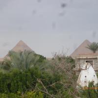 pyramids oasis hotel