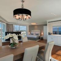 Okeanos Luxury Suite