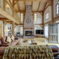 Exclusive in-town Luxury Home