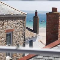 Little Dolly sea view apartment, St Ives, Cornwall