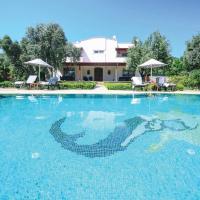 Bitez Villa Sleeps 8 Air Con WiFi
