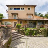 Rocca di Papa Villa Sleeps 9 Pool Air Con WiFi