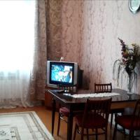 Двухкомнатная квартира у Площади Ленина