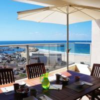 Luxury Apartment on the beach