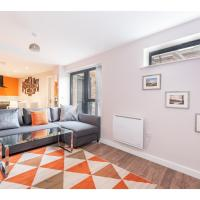 Stunning, top-spec apt for up to 4 in York centre