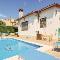 Three-Bedroom Holiday Home in Tordera