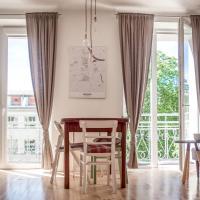 Warsaw apartment & 3 balconies & Royal Łazienki
