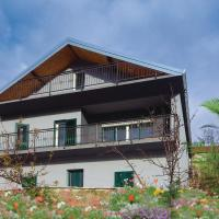 Seven-Bedroom Holiday Home in Cacvina