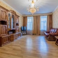 6/4 Apartment on Nevsky prospect 97