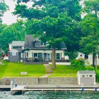 Lake Front Vacation Paradise