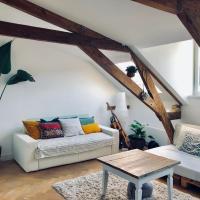 Lofty room in De Pijp