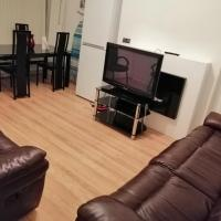 Manchester 4 bedrooms Luxury Spacious House
