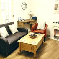 2 Bedroom Flat near Holyrood Park Sleeps 4
