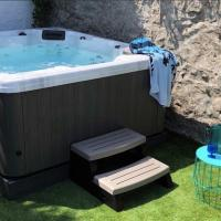 Waves End, St Ives, Hot tub and Parking