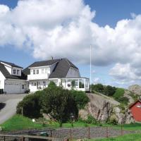 Four-Bedroom Apartment in Sirevag