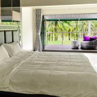 Loch Palm Golf View Villa with Housekeeping