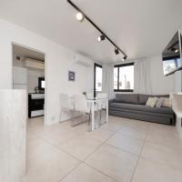 Derqui Apartment AW6