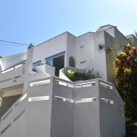 Casa Griega - Punta Leona
