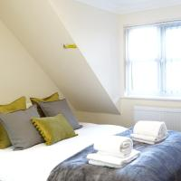 London Heathrow Airport Rooms R.C by C&P