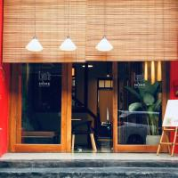 Lyns Home Boutique Hostel