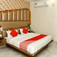 OYO 24972 Hotel Crown Inn