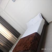 313's Royal Suites