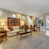 Beautiful 5 Bedroom Vacation House Just 10 Minutes From The Fabulous Las Vegas Strip!