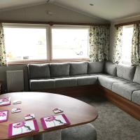 New Beach Caravan Dymchurch