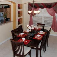 Disney Dreams come true - affordable 7-bdrm house with private pool!