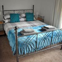 Lovely 2 Bed House, Horsham
