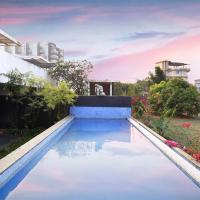 Bay Terraces by Vista Rooms
