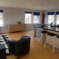 Springmeadow House by Cardiff Holiday Homes