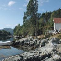 Kjellsund Villa Sleeps 9 WiFi