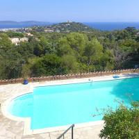 Cavalaire-sur-Mer Villa Sleeps 10 Pool WiFi