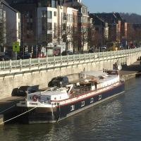 Gîte sur la Meuse à bord de la Péniche Formigny