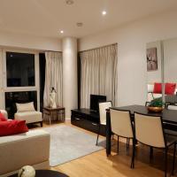 Deluxe Riverside London Apartment